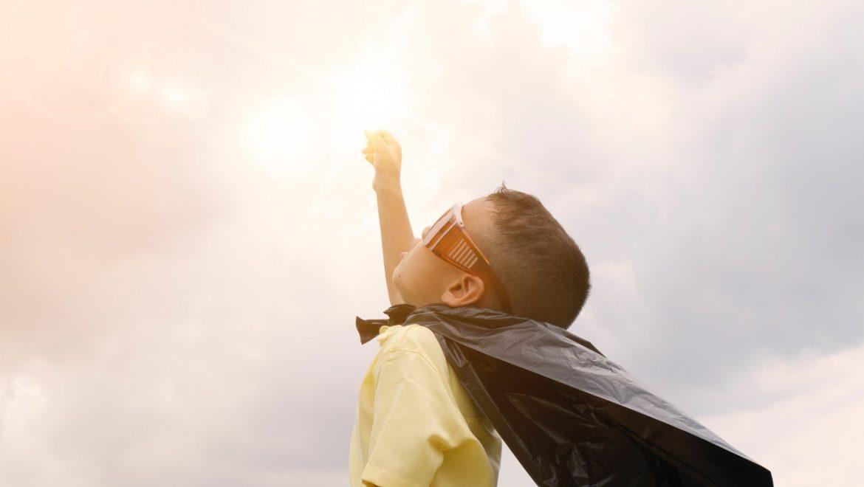 """רוצה יותר שמחה וניצוץ בחיים? כיצד לרפא את """"הילד הפנימי"""" ולגלות את היצירתיות שלך"""