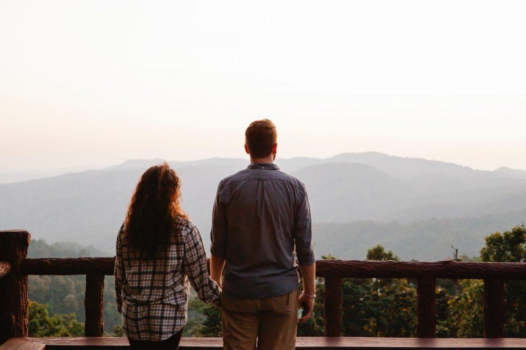 מציאת זוגיות טובה תמונה של זוג אוהב